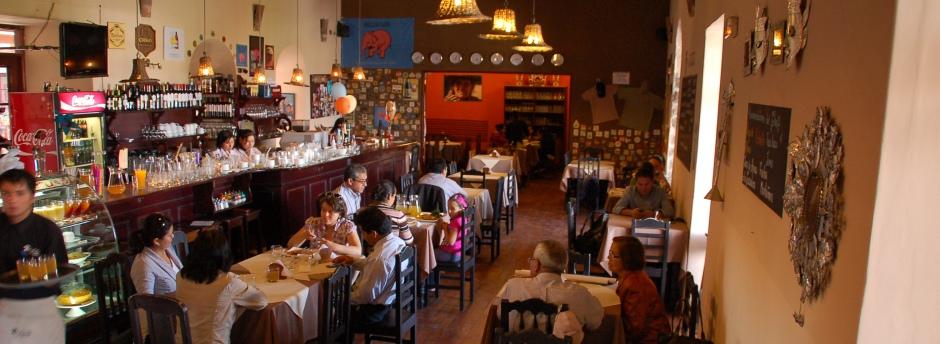 Hotel Via Via Cafe