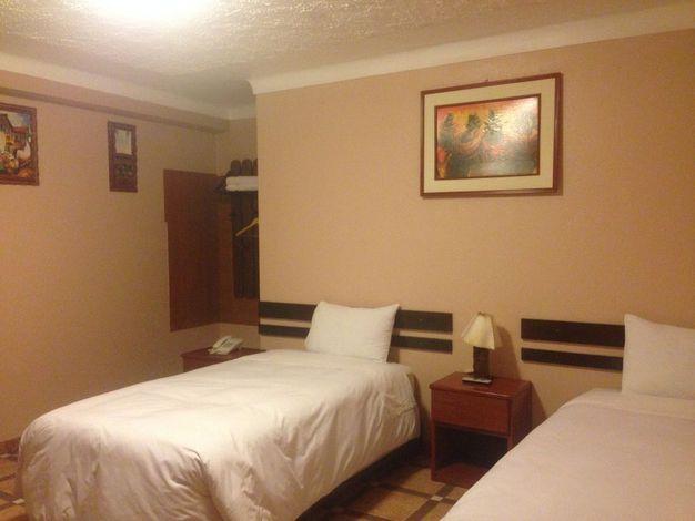 Hotel_RoyalIntiInn