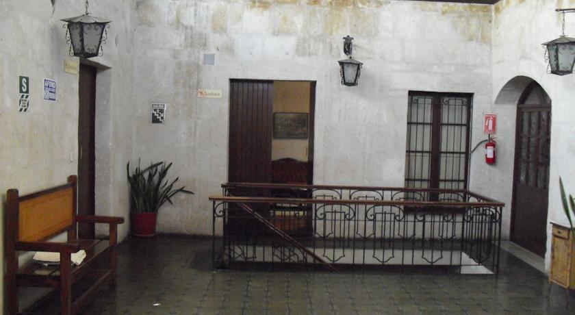 Casablanca Hostal