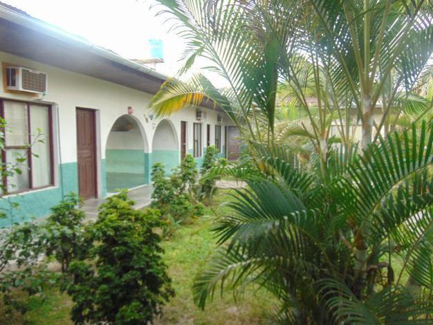 Las Amazonas Inn II