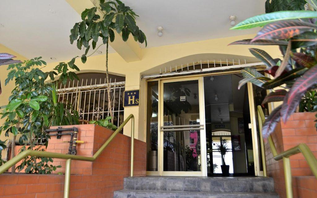 Hostal Wenhys Inn