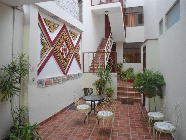 Hotel El Escudero