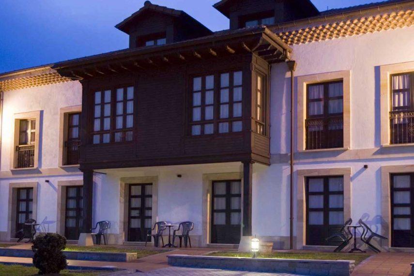 Apartamentos Rurales La Casona de La Roza