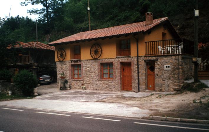 ApartamentosVillaGarcía1563129936