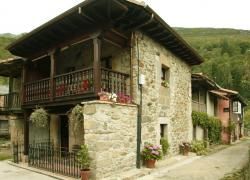 Casa Milia, Casa Carreño y Casa Pepa Pastor