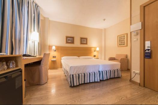 HotelInfantaMercedes1563145624