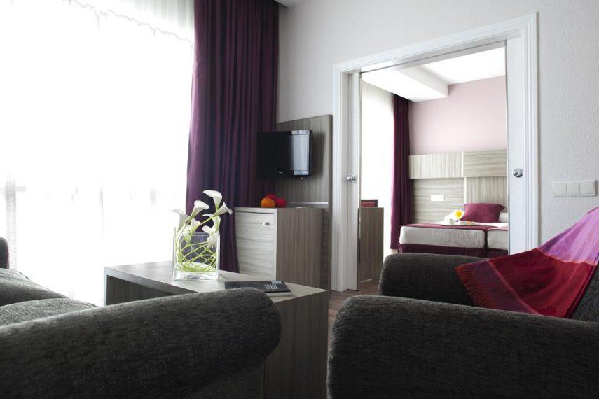HotelSerranobySilken1563056290