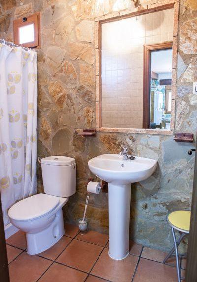 Casa Roble baño