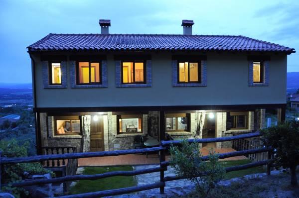 Casa Roble exterior1