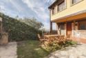 casa roble jardin con barbacoa